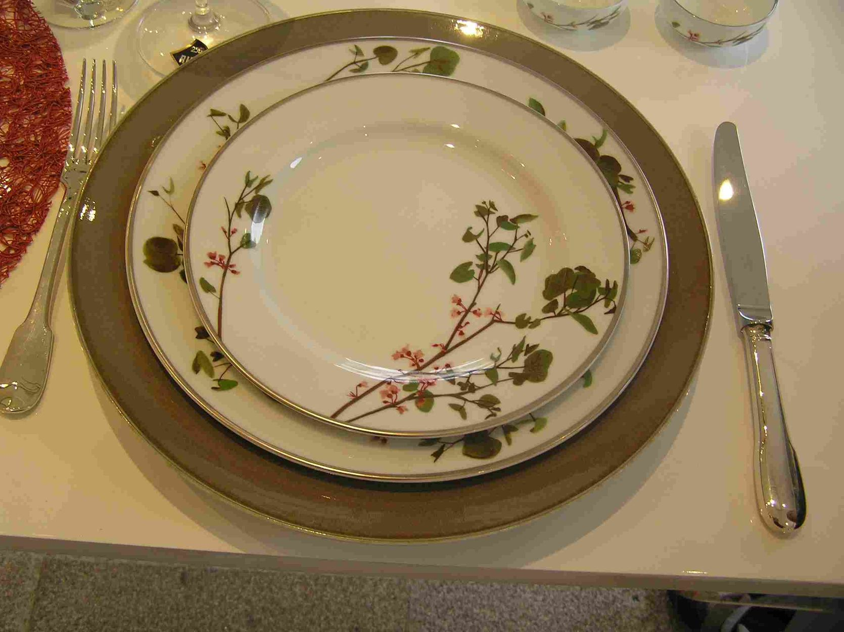 Detailed bernardaud les routes de la porcelaine from - Porcelaine de limoge ...